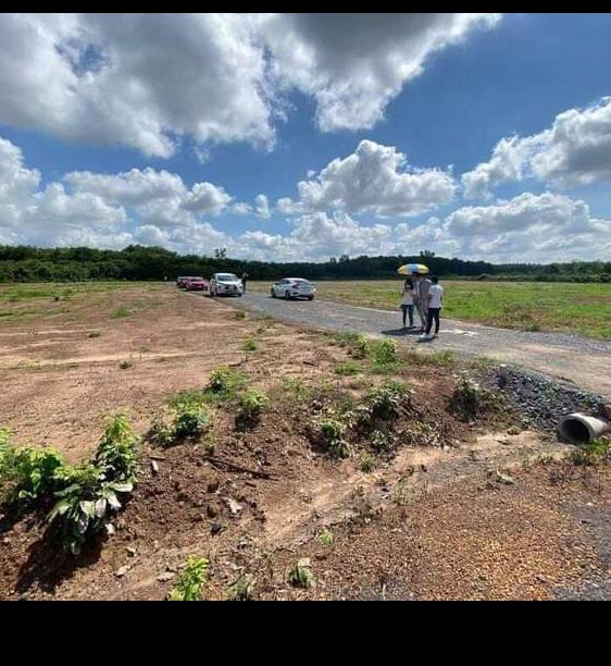 Bán đất xã Lộc Thịnh giá 245tr dt 5×60×100tc