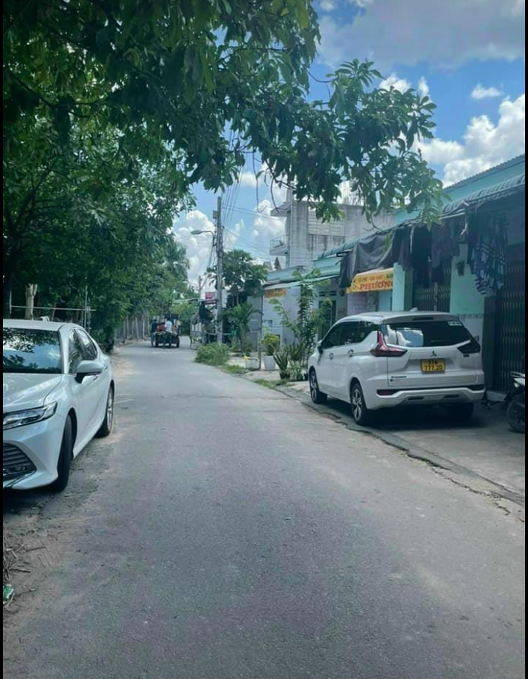Bán đất phường Phú Hoà giá 10,8tỷ dt 6*80*100mtc