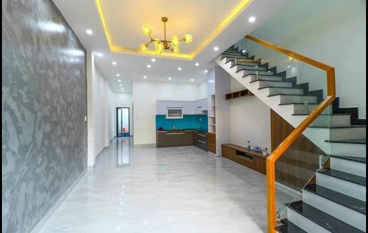 Bán nhà phường Phú Lợi giá 3tỷ350tr dt 5*20*60tc